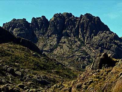 Pico das Agulhas Negras 02